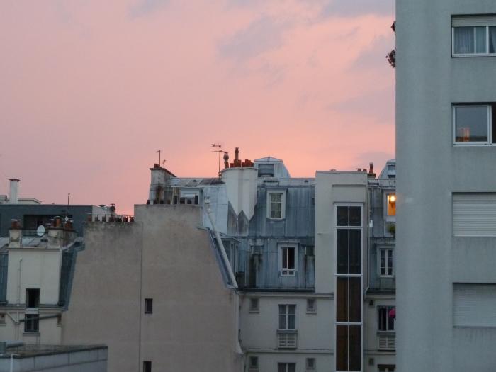 Toits dans le 12ème arrondissement : petit matin d'orage