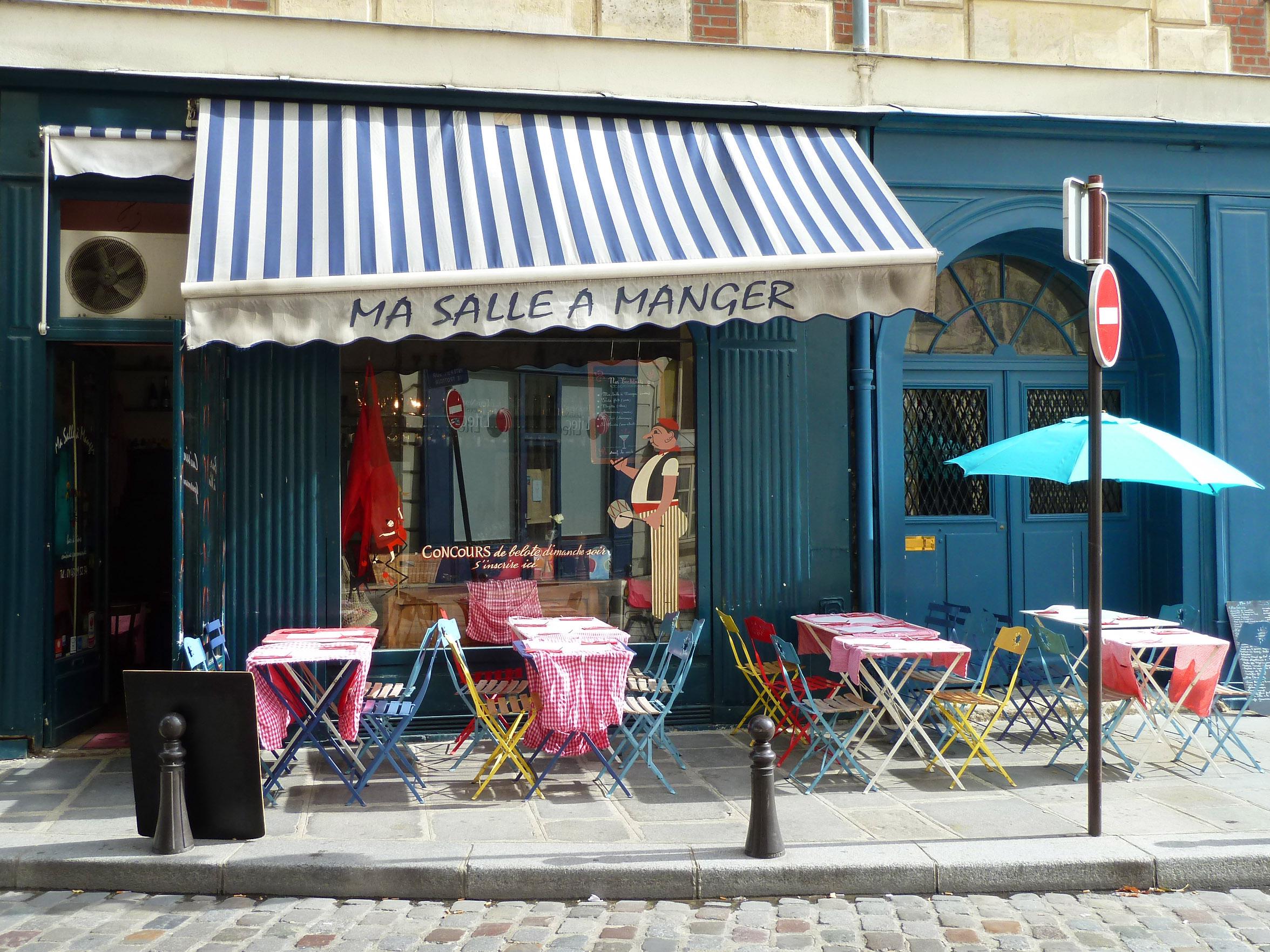 Ma salle à manger », place Dauphine – A Casa Feliz