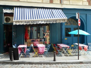 """Ma salle à  manger"", place Dauphine"