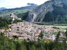 Sisteron vue de la montée du Molard.