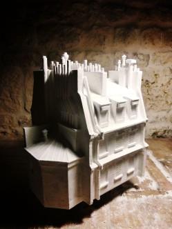 le modèle avec ses batteries de cheminée